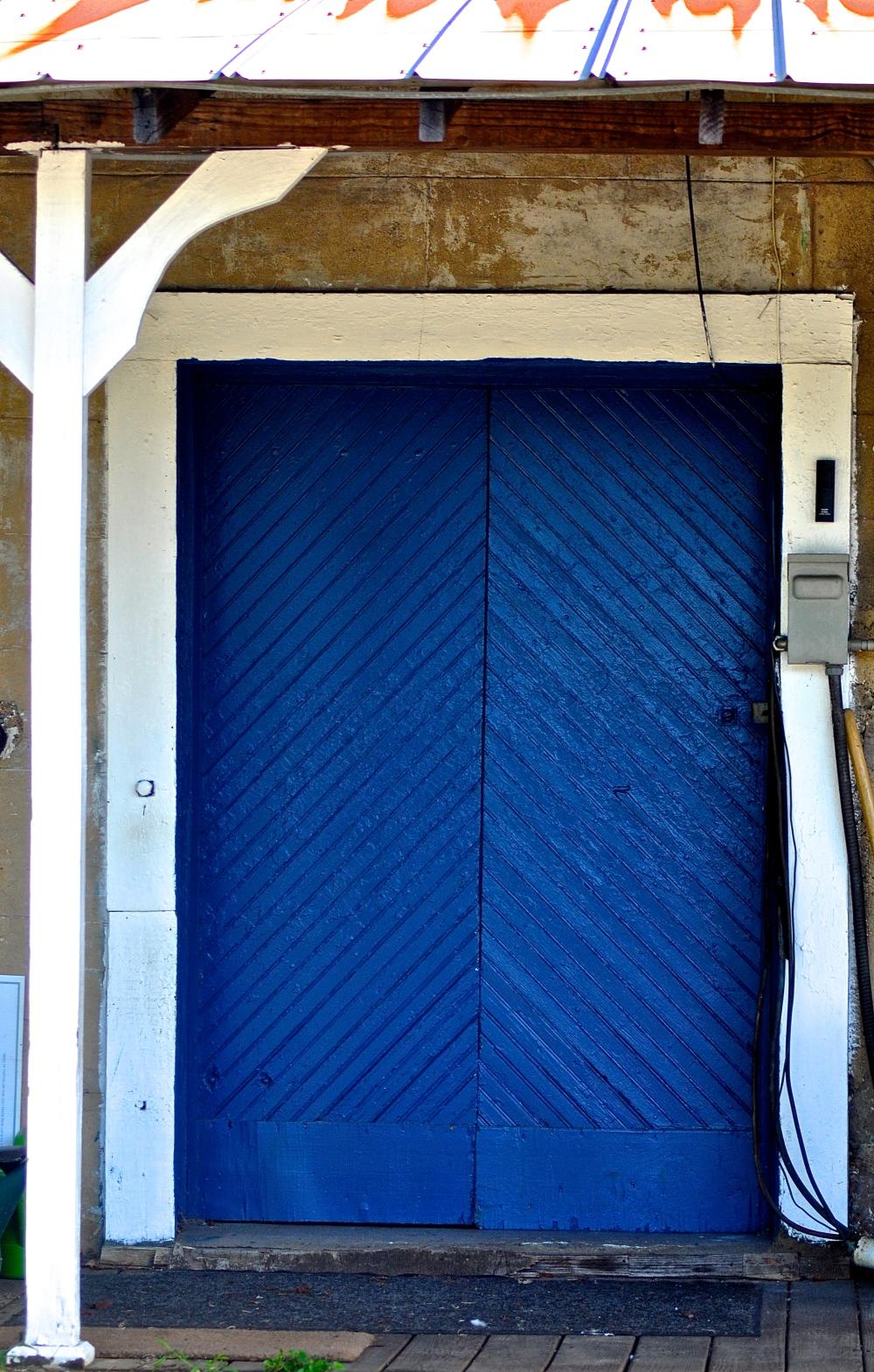 Lapis Lazuli door