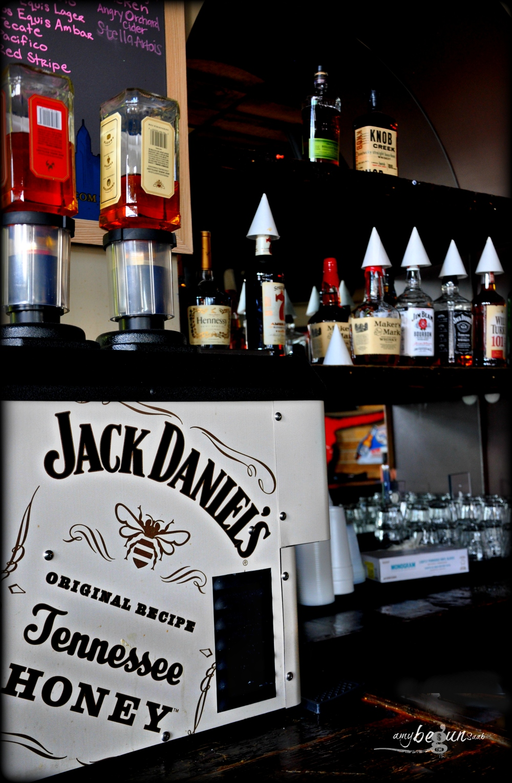 jack daniels drink dispenser