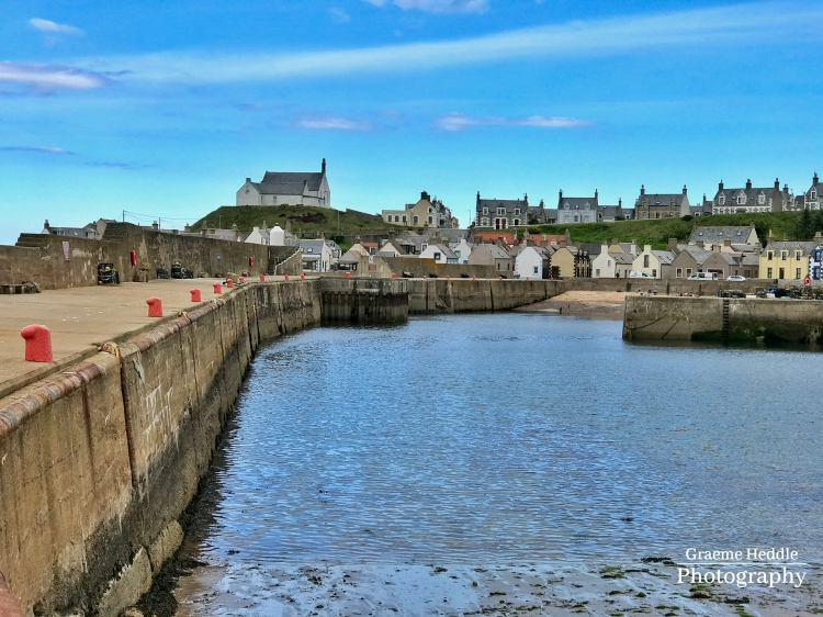 Findochy Harbour Wall, Moray