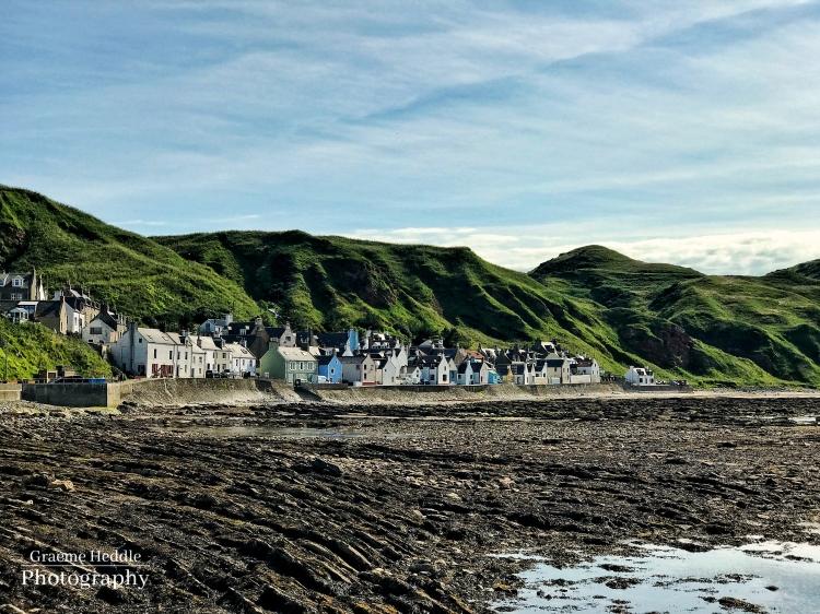 Gardenstown, Moray, seashore houses